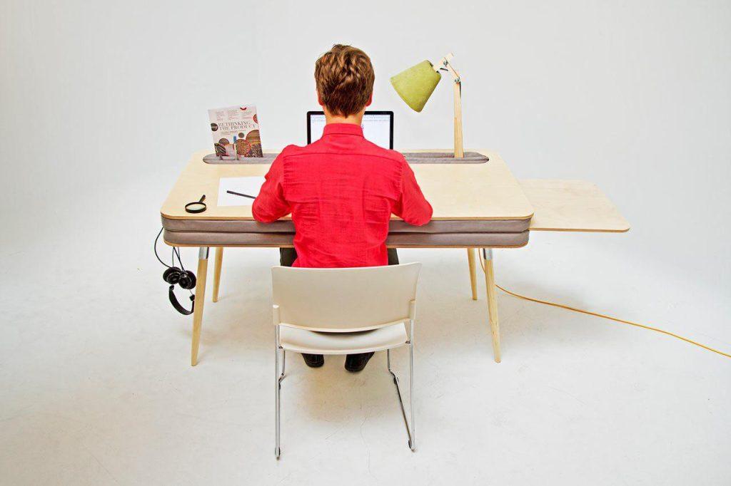 میز ایستاده چیست؟