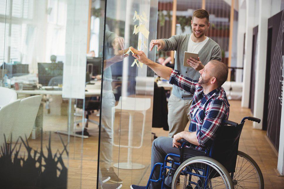 معماری و طراحی برای افراد معلول